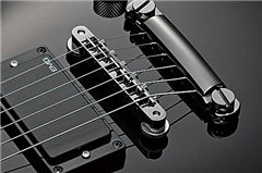SG - Features - Guitars & Basses - Musical Instruments - Products